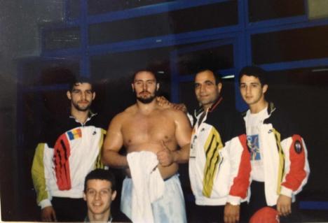 Sandu Fulgu': Celebrul luptător-dansator Alexandru Lungu îşi dezvăluie faţa sensibilă (FOTO)