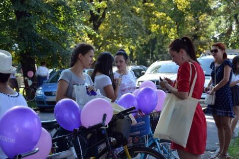 Pe biţă, cu ie şi fustă: Doamne şi domnişoare au pedalat prin oraş, SkirtBike 2017 (FOTO/VIDEO)