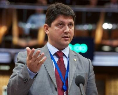 Fost ministru PSD al Justiţiei: Ambasadorii SUA şi Olandei au făcut presiuni pentru numirea lui Kovesi