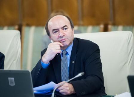 Modificările la legile Justiţiei, prezentate de ministrul Tudorel Toader: O lege nouă pentru abuzul în serviciu