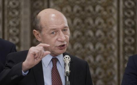 """Traian Băsescu, nemulţumit de pensia pe care o primește, 2960 de lei: e """"foarte mică"""""""