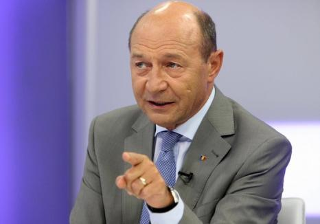 Legea graţierii: Fostul preşedinte Traian Băsescu vrea graţierea pedepselor sub 10 ani şi reducerea celor pentru femei