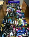 Descinderi ale polițiștilor în piețe: Pantofi în valoare de 41.000 de lei au fost confiscați (FOTO)