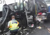 Poliţia din Hajdu Bihar despre accidentul în care au murit trei români: Şoferul a adormit la volan