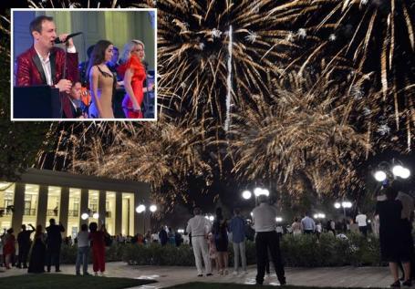 Revelion 'acasă': Localurile din Oradea dau petreceri cu bucate pretenţioase, băutură din belşug, muzică live şi tombole