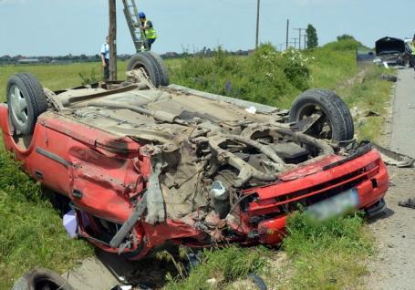 Poliţia Română: 90% din reţeaua naţională de drumuri este la standardul de o bandă pe sens