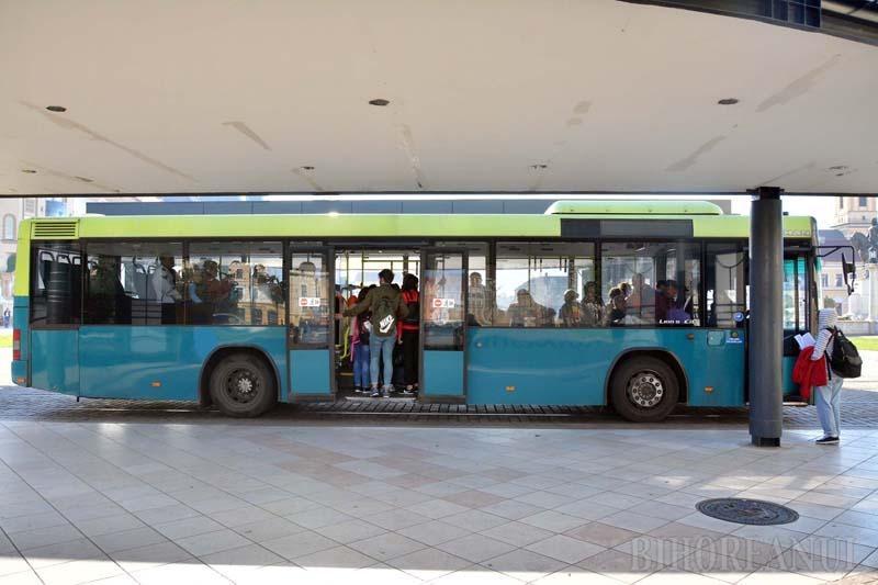 Ne enervează: Autobuzele cumpărate de OTL din Olanda nu au decât două uşi