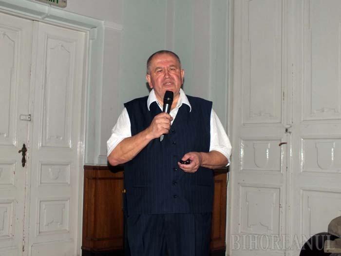 Oradea la detaliu: Profesorul Constantin Butişcă a lansat un nou Ghid Practic al Oradiei