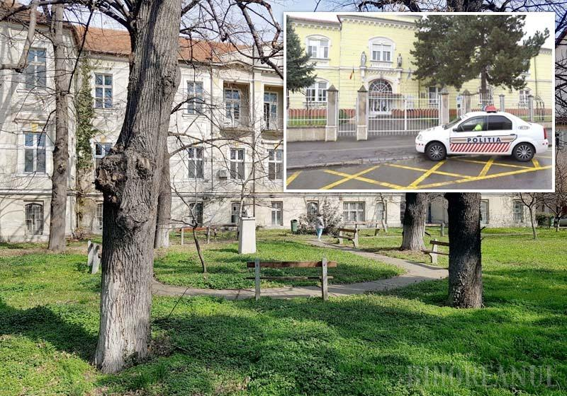 ÎN REZERVĂ. Autorităţile se pregătesc pentru situaţia în care capacitatea Secţiei de Infecţioase a Spitalului Municipal din Oradea ar fi depăşită. În vechiul pavilion al Maternităţii (stânga), dezafectat de un deceniu, vor putea fi îngrijiţi 50 de bolnavi cu coronavirus, iar fostul Spital Militar (dreapta) va prelua de la Municipal şi Judeţean pacienţi cu patologii non-respiratorii, pentru ca spitalele civile să aibă o capacitate cât mai mare de tratare a bolnavilor cu COVID-19