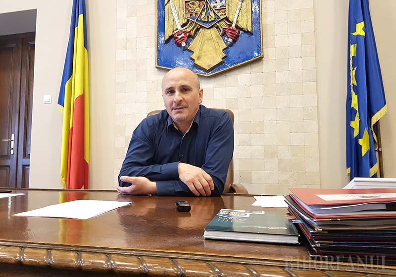INTERVIU. Prefectul de Bihor, Dumitru Ţiplea: Repornirea societăţii şi a economiei va fi lentă şi de durată