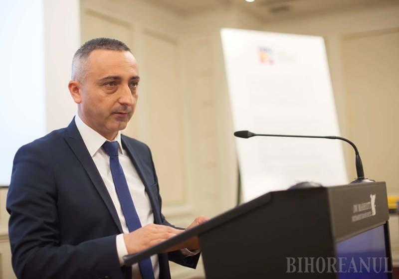 Interviu cu Felix Cozma, preşedintele Agenţiei Naţionale a Funcţionarilor Publici: E nevoie de o restartare a administraţiei
