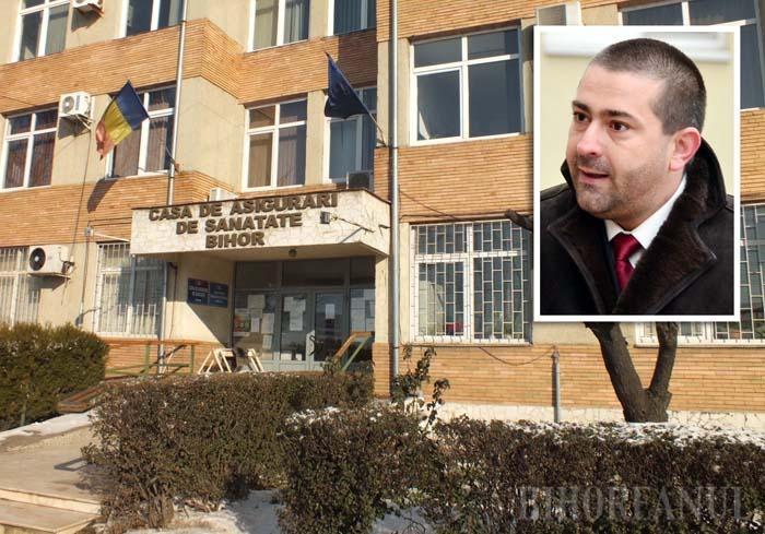 """AICI SUNT BANII DVS! De peste doi ani, managerul spitalului NewMedics, Dacian Foncea (medalion) îi acuză violent pe şefii CAS Bihor, descriindu-i ca pe nişte """"bandiţi care fură dreptul bihorenilor la sănătate"""", deoarece alocă fondurile după criterii ce nu ţin seama de pacienţi. Deocamdată în pustiu..."""