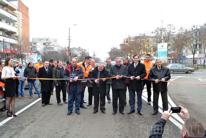 Gazdă-nceată: Primarul din Marghita a întârziat până şi la inaugurarea drumului ce-i leagă oraşul de Tăşnad