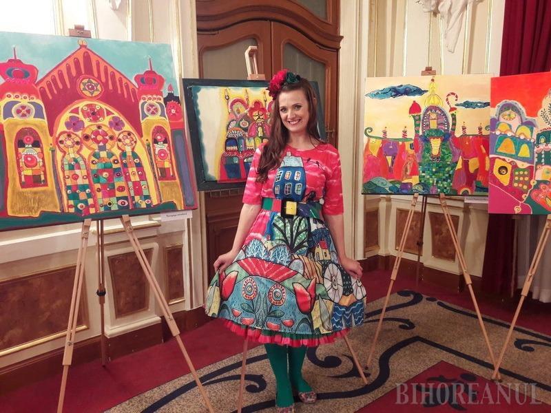 Cum arată Oradea de turtă dulce: tablourile pictoriței și actriței Adela Lazăr au fost expuse la teatru