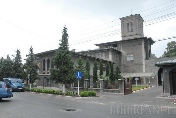 Executarea silită a Spitalului Beiuş a fost suspendată