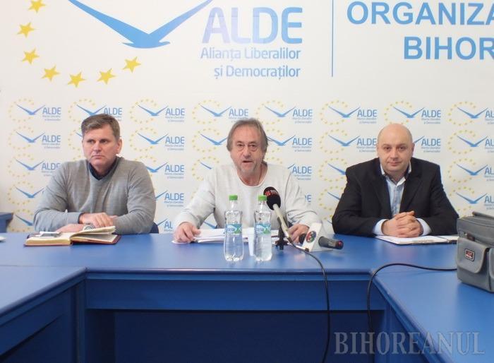 Şefii ALDE promit să recruteze numai oameni curaţi, iar candidaţii lor pentru Oradea şi Beiuş vor să aducă ordine şi bani în primării