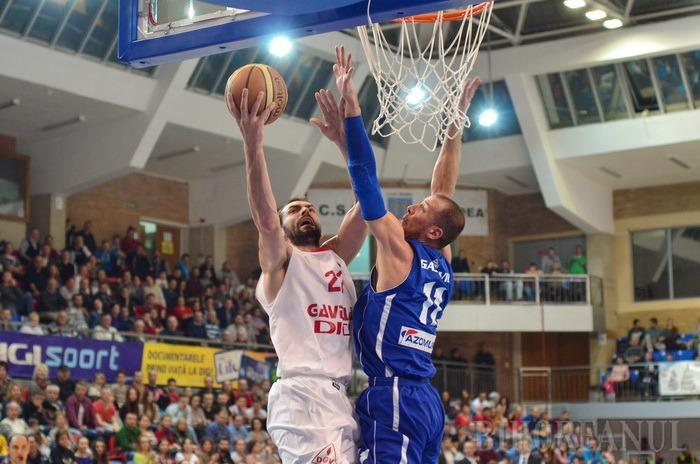 După un final dramatic, CSM CSU Oradea s-a impus la limită, cu 78-77, în faţa echipei BC Mureş Tg. Mureş şi a urcat pe primul loc! (FOTO)