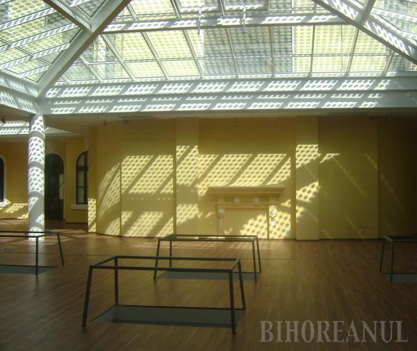 """Piramida"" lui Bolojan a costat 1,5 milioane lei (FOTO)"