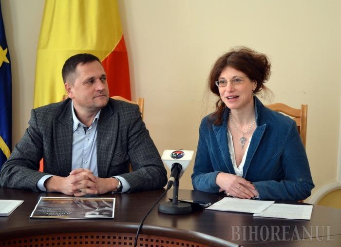 Viceprimarul Huszar Istvan şi curatorul Zsuzsa Szebeni au anunţat miercuri expoziţia despre viaţa şi opera contelui Bánffy Miklós, care va rămâne la Oradea până pe 28 februarie