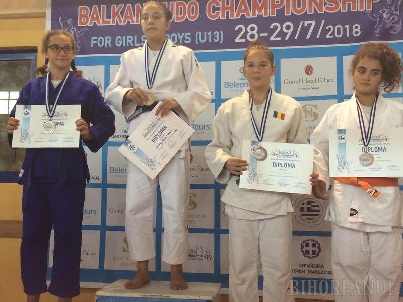 Orădeanca Iasmina Gyoker a câştigat medalia de bronz la întrecerile Campionatului Balcanic de Judo pentru juniori