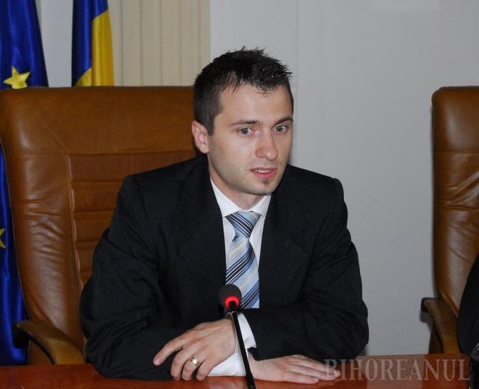 Demisie la Consiliul Judeţean: Directorul Şerban Morcan şi-a găsit alt job, nemulţumit de salariul prea mic