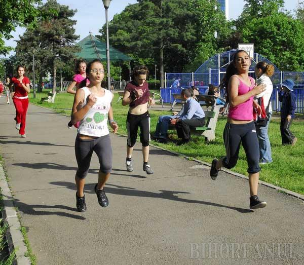 Concurs de atletism pentru copii la Stadionul Tineretului