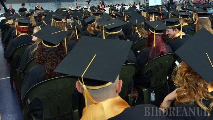 Peste 600 de absolvenţi de liceu vor primi, timp de jumătate de an, indemnizaţie de şomeri