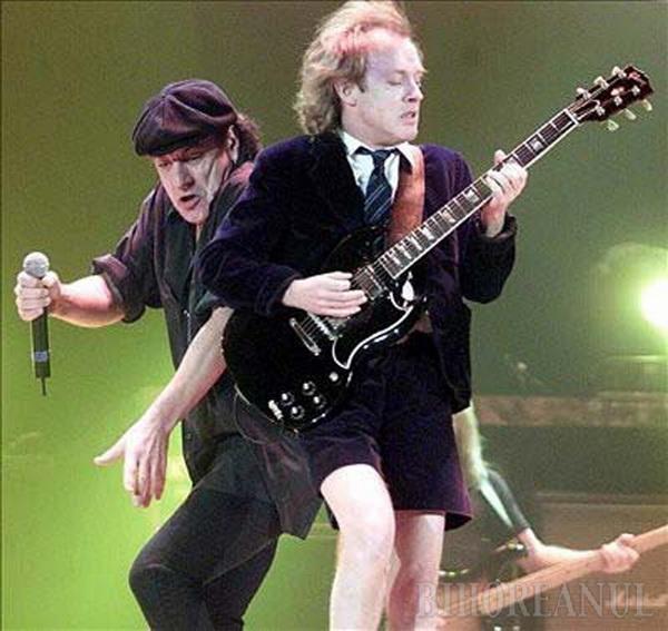 AC/DC va concerta la Bucureşti (VIDEO)