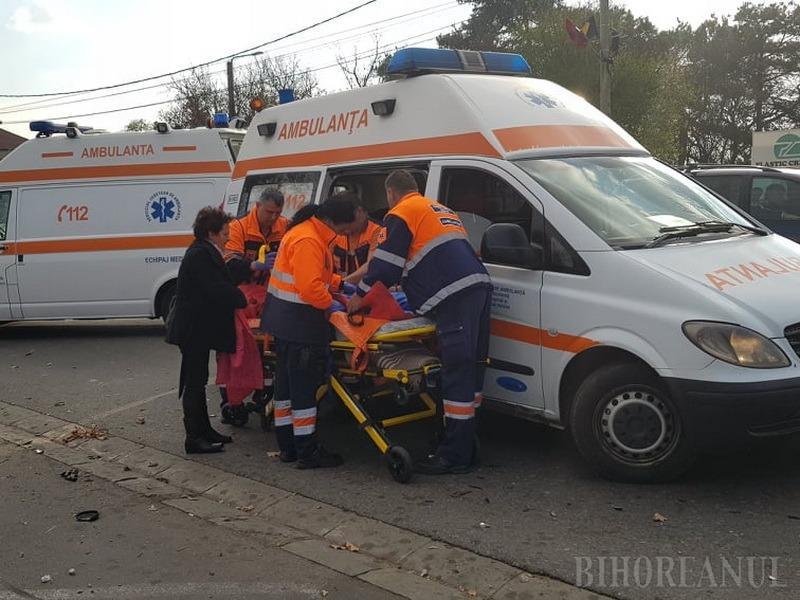 Accident pe Clujului: O fetiţă de 6 ani a fost rănită şi dusă la spital (FOTO)