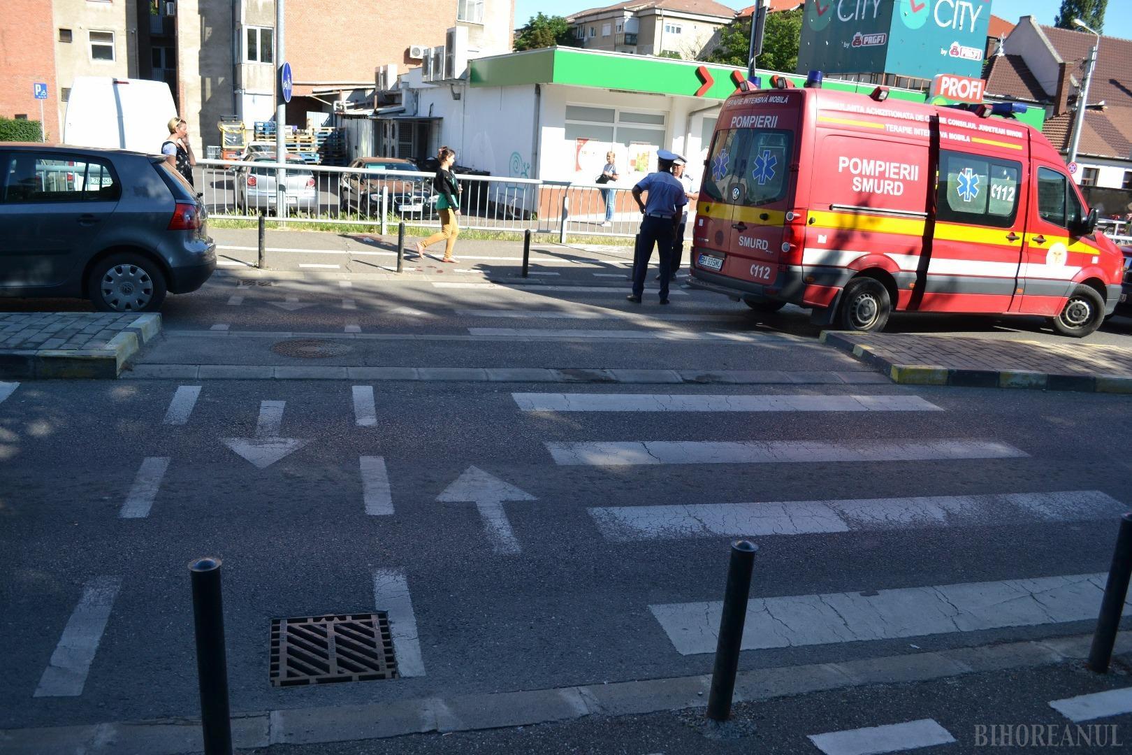Accident pe podul Carol I: Un bărbat a fost lovit pe trecerea de pietoni (FOTO)