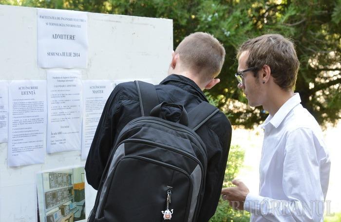Aproape 4.000 de studenţi înscrişi la facultăţile Universităţii din Oradea