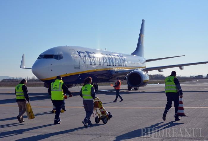 Tot mai mulţi! 15.000 de pasageri în iulie, pe Aeroportul Oradea