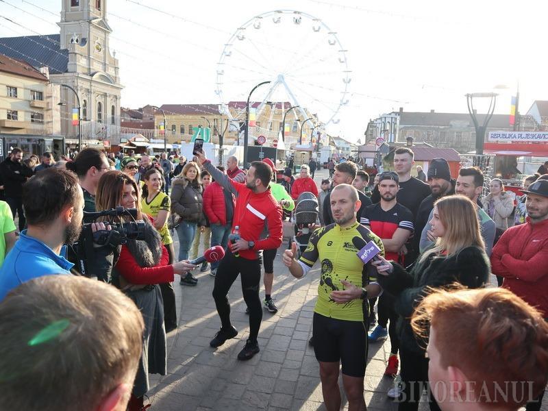 La mișcare cu Mihai Morar: în frunte cu cunoscutul DJ al Radio ZU, zeci de orădeni au alergat 9 kilometri (FOTO / VIDEO)