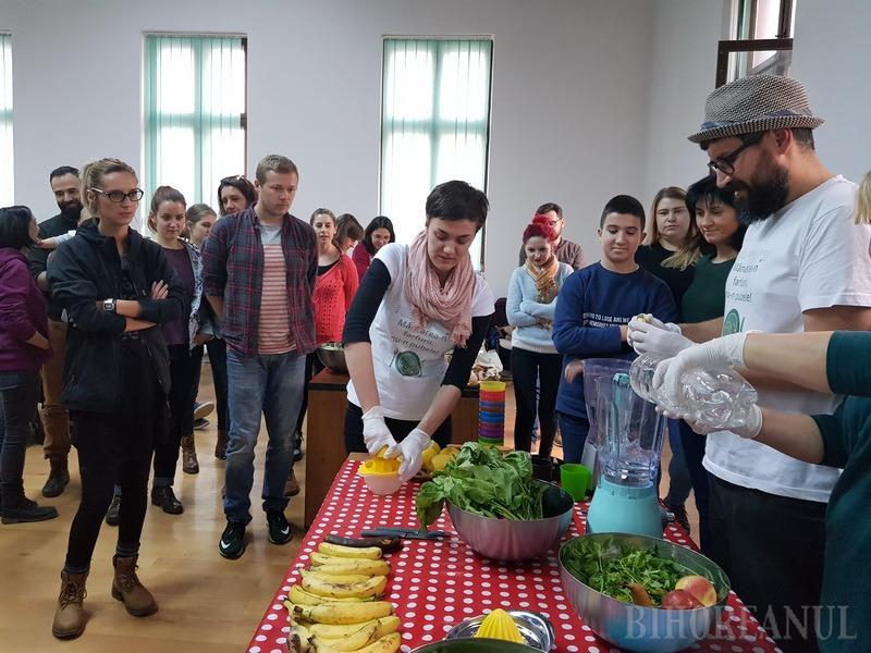 Locul mâncării e în frigider, nu în pubelă! Orădenii au învăţat cum să nu risipească alimentele (FOTO)