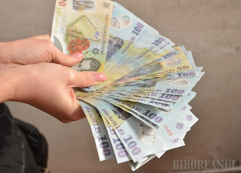 Anunţ important al ministrului Finanţelor: Cei care nu-şi pot plăti ratele vor putea cere păsuire de la bănci!
