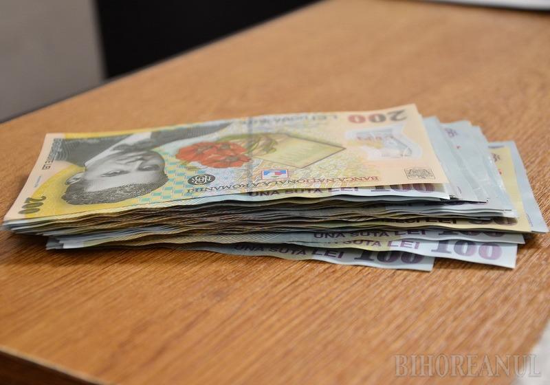 Investim pe banii noştri