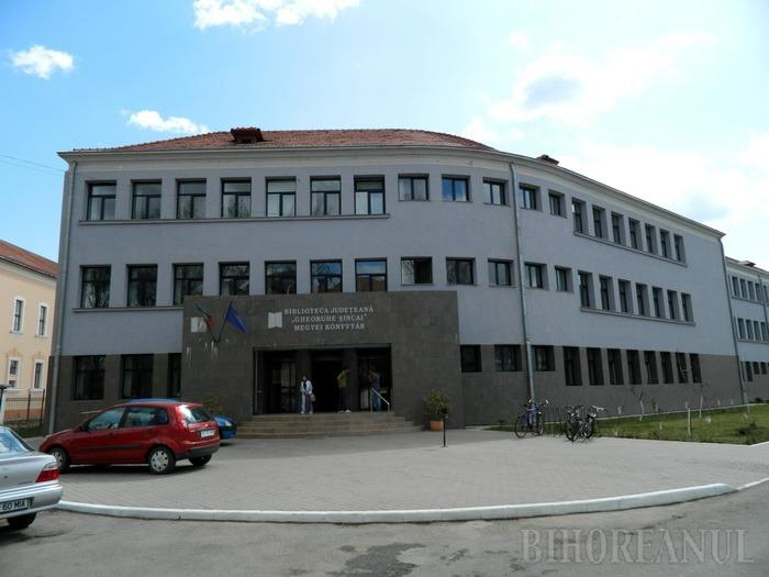 Expoziţie de carte veche şi rară din colecţiile Bibliotecii Judeţene Gheorghe Şincai la Budapesta