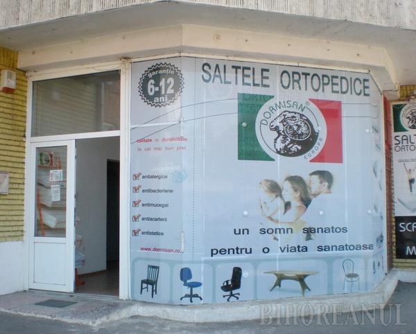În locul cabinetului senatorial al lui Petru Filip de pe strada Nojoridului, acum funcţionează un magazin de saltele (foto). În prezent, senatorul nici nu are un alt cabinet, fiind în proces de mutare într-un alt spaţiu