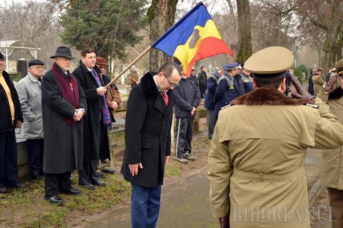 Recunoştinţă eroilor! Zeci de oficialităţi, la ceremonia de pomenire pentru eroii revoluţiei (FOTO/VIDEO)