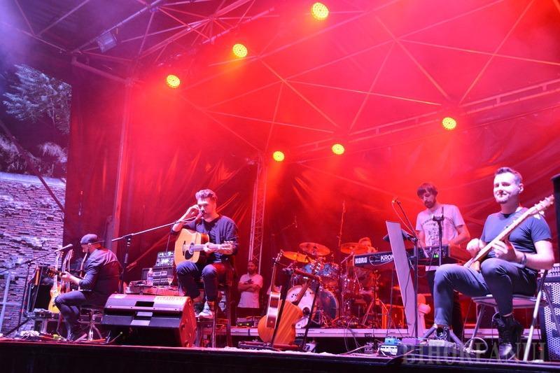 Relaxare, mâncare, muzică bună: The Big Picnic s-a încheiat cu un concert acustic Viţa de Vie (FOTO / VIDEO)