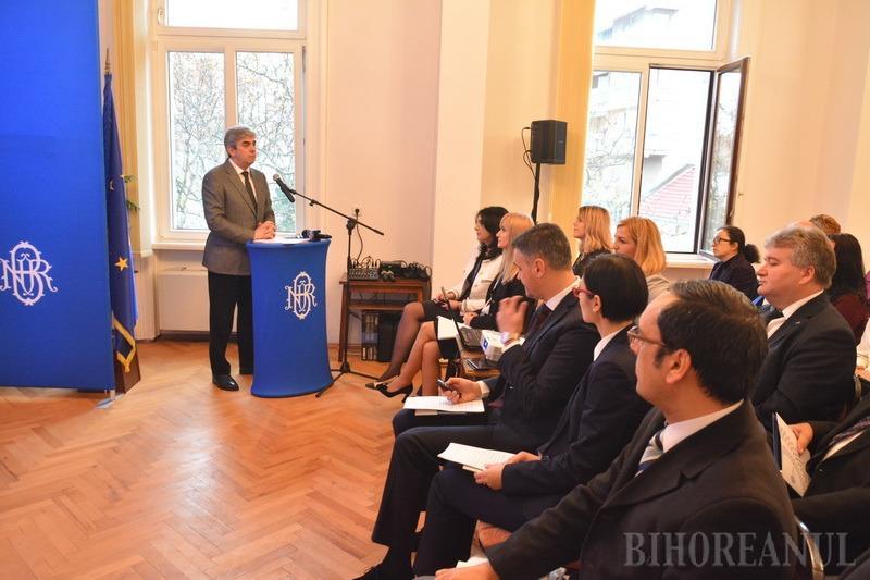 Rolul Băncii Naţionale în înfăptuirea Unirii, explicat elevilor şi studenţilor orădeni (FOTO)