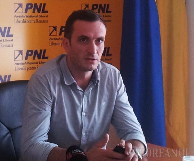 Liberalul Cosmin Falub e noul preşedinte al Ordinului Arhitecţilor din Bihor