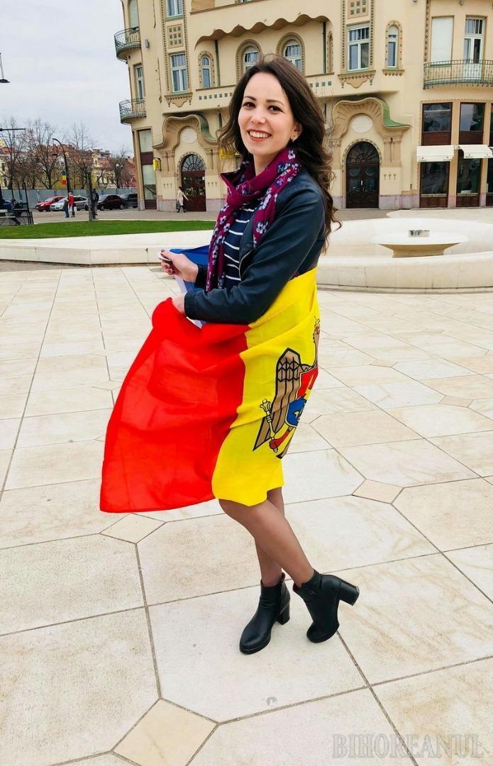 Româncuța Moșului: În anul Centenarului, Crăciunița BIHOREANULUI este o frumoasă și ambițioasă studentă din Republica Moldova (FOTO)