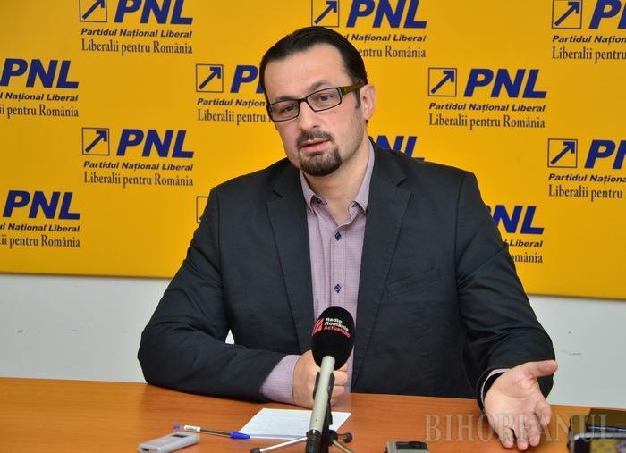 """Cristian Bodea: UDMR şi Ponta încearcă """"un şmen pentru angajarea a mii de bugetari maghiari"""""""