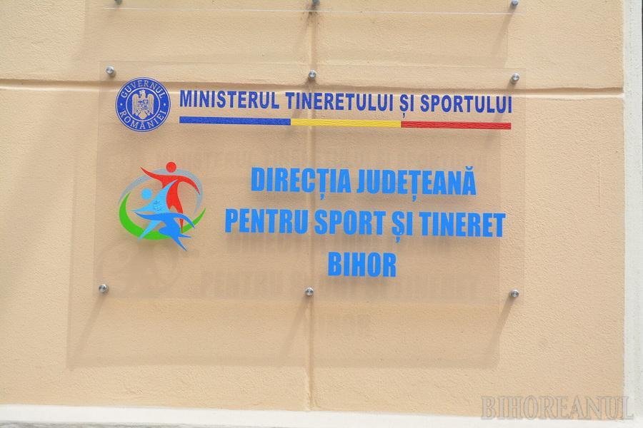 Vineri expiră termenul pentru depunerea cererilor de finanţare pentru cluburile sportive