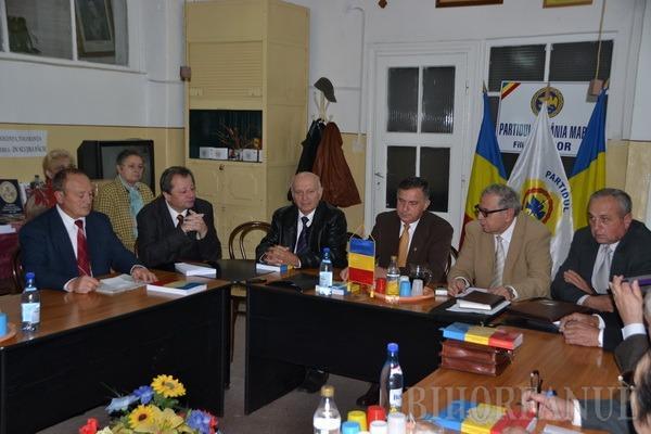 Gheorghe Funar a lansat candidaţii PRM Bihor pentru alegerile parlamentare (FOTO)