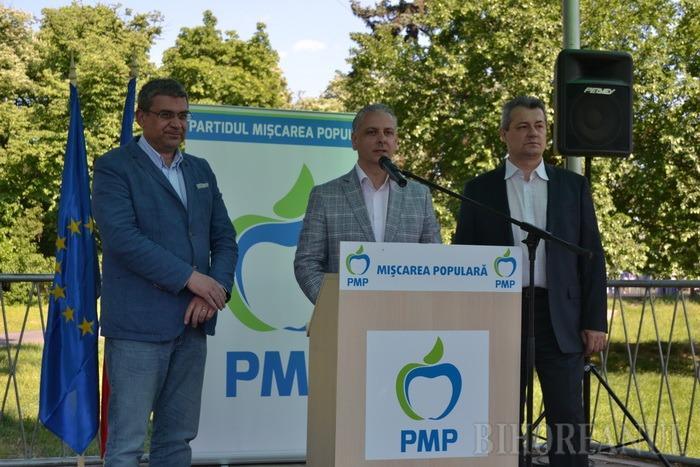 """Candidaţii PMP nu se dezic de """"imnul"""" compus de manelistul Costeluş: """"Este onorabil!"""" (FOTO)"""