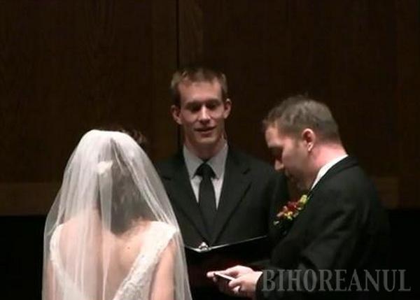 A spus da şi în faţa altarului şi online (VIDEO)