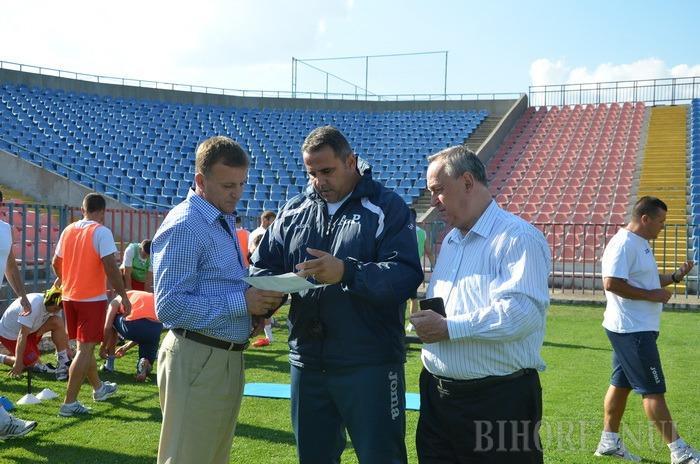 FC Bihor va evolua în liga a doua. Cornel Popa: Jucătorii îşi vor primi salariile la timp (FOTO)