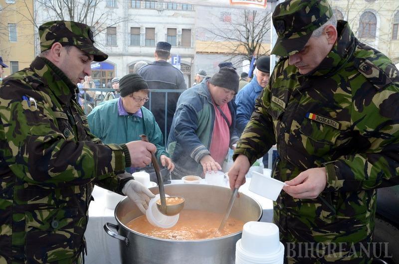 Să trăieşti, române! Primăria Oradea pregăteşte 2.700 de porţii de fasole cu ciolan pentru ziua de 1 Decembrie